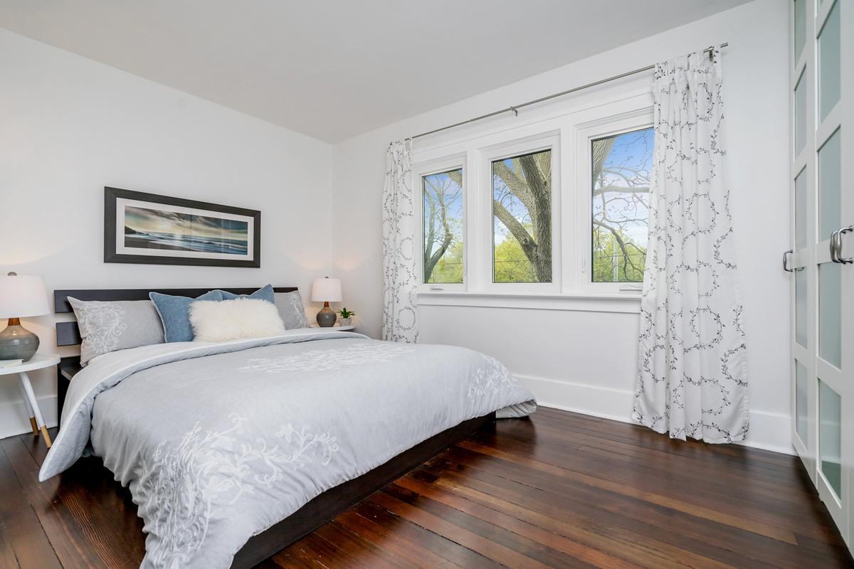 staging_28-Confederation-Street-Glen-print-025-11-Master-Bedroom-4200x2800-300dpi