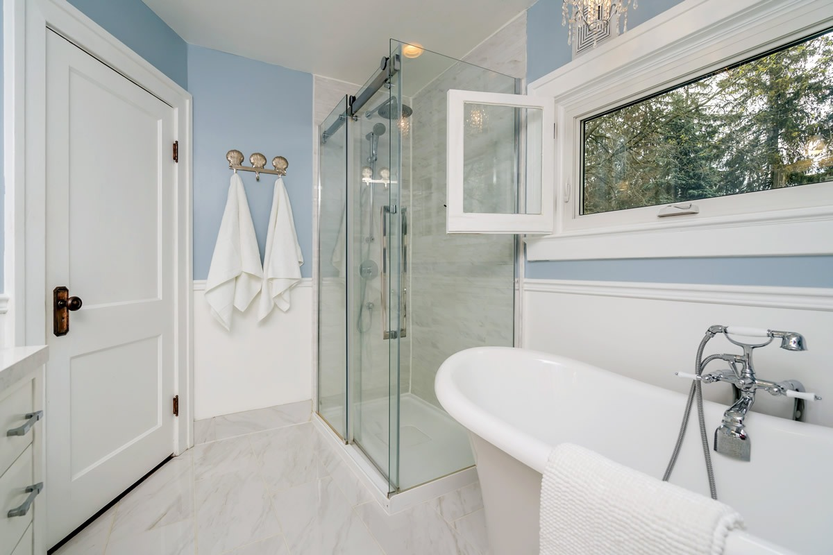 staging_28-Confederation-Street-Glen-print-029-23-Bathroom-4200x2800-300dpi